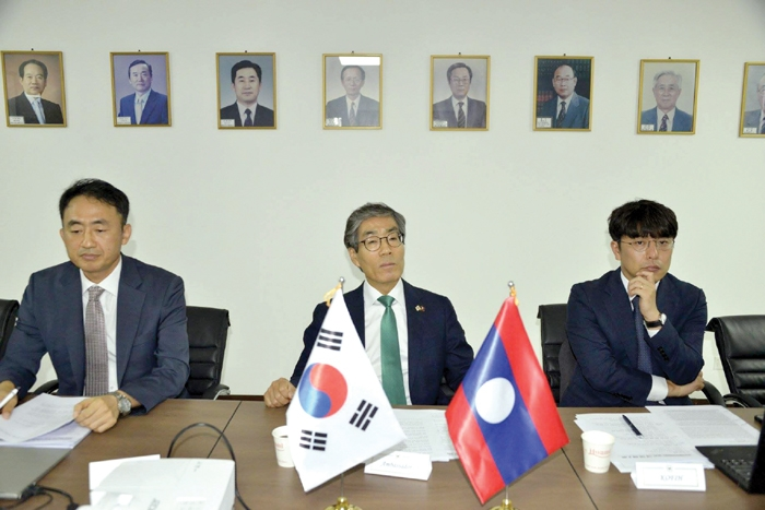 ສ.ເກົາຫລີ ຕົກລົງຊ່ວຍເຫລືອແຂວງອັດຕະປື 12 ລ້ານໂດເພື່ອປັບປຸງຊີວິດການເປັນຢູ່ຂອງປະຊາຊົນ - Korea fun for Attapue 1 - ສ.ເກົາຫລີ ຕົກລົງຊ່ວຍເຫລືອແຂວງອັດຕະປື 12 ລ້ານໂດເພື່ອປັບປຸງຊີວິດການເປັນຢູ່ຂອງປະຊາຊົນ