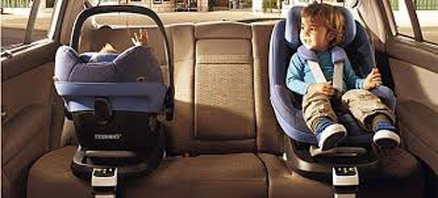 ພາລູກນ້ອຍເດີນທາງໄກຄວນມີເບາະສຳລັບເດັກ (car seat) ເພື່ອຄວາມປອດໄພໃນການເດີນທາງ - images - ພາລູກນ້ອຍເດີນທາງໄກຄວນມີເບາະສຳລັບເດັກ (CAR SEAT) ເພື່ອຄວາມປອດໄພໃນການເດີນທາງ
