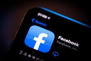 facebook ກຽມສ້າງລະບົບປະຕິບັດການຂອງຕົນເອງ - 062505 2020 300x200 - Facebook ກຽມສ້າງລະບົບປະຕິບັດການຂອງຕົນເອງ