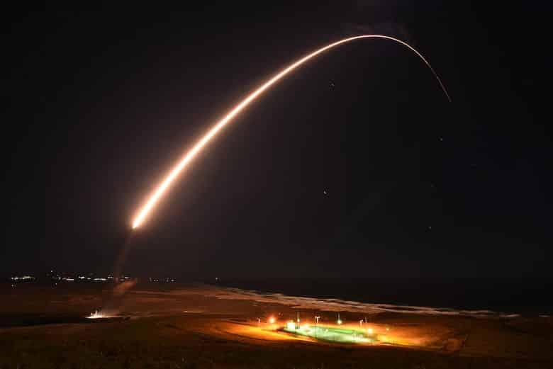 ອາເມລິກາທົດລອງລູກສອນໄຟ ຂ້າມທະວີບ Minuteman III - 14 36 - ອາເມລິກາທົດລອງລູກສອນໄຟ ຂ້າມທະວີບ Minuteman III