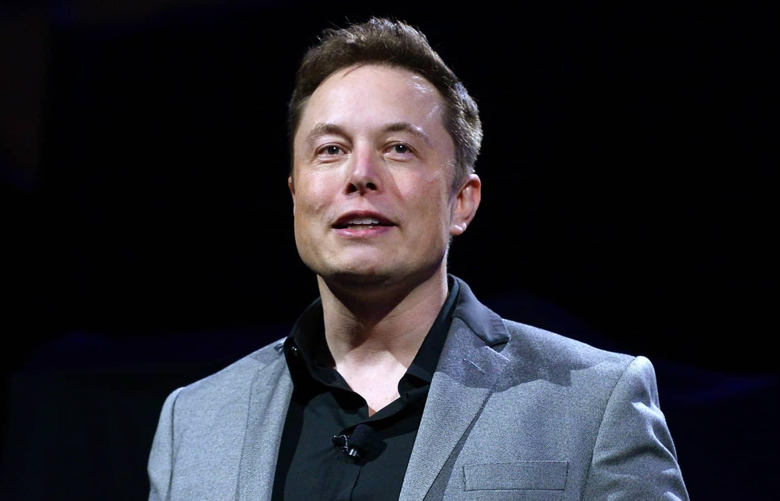 Elon Musk ຫລຸດເສດຖີອັນດັບ 1 ຂອງໂລກ ຫລັງຫຸ້ນ Tesla ຕົກ - 180515 10thingselonmusk editorial - Elon Musk ຫລຸດເສດຖີອັນດັບ 1 ຂອງໂລກ ຫລັງຫຸ້ນ Tesla ຕົກ