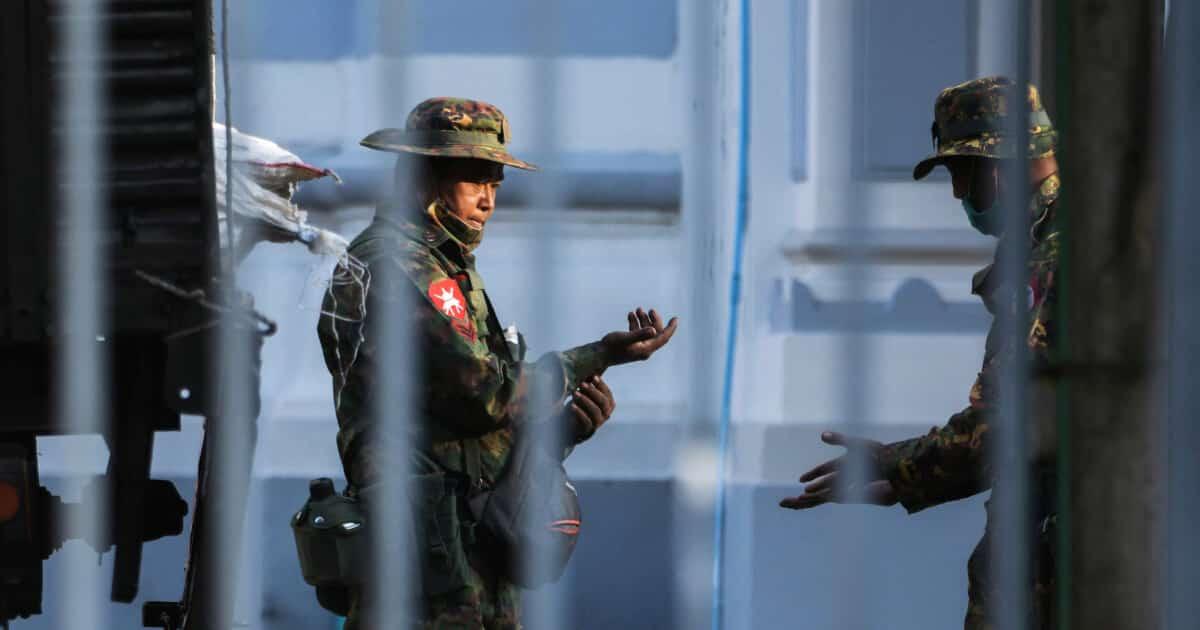 ກອງທັບ ມຽນມາ ຈະຈັດການເລືອກຕັ້ງຄືນໃໝ່ - 2021 02 01T032245Z 1623330144 RC2FJL9PN0PA RTRMADP 3 MYANMAR POLITICS 1 - ກອງທັບ ມຽນມາ ຈະຈັດການເລືອກຕັ້ງຄືນໃໝ່