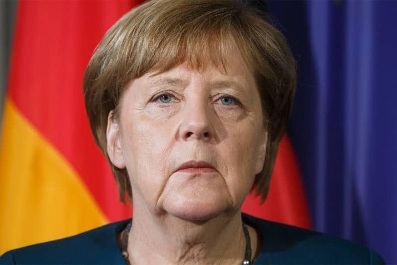 ພັກຂອງທ່ານນາງ Angela Merkel ນາຍົກລັດຖະມົນຕີ ເຢຍລະມັນປະລາໄຊຢູ່ໃນສອງລັດທີ່ມີການເລືອກຕັ້ງລ່ວງໜ້າ - 14 37 - ພັກຂອງທ່ານນາງ Angela Merkel ນາຍົກລັດຖະມົນຕີ ເຢຍລະມັນປະລາໄຊຢູ່ໃນສອງລັດທີ່ມີການເລືອກຕັ້ງລ່ວງໜ້າ