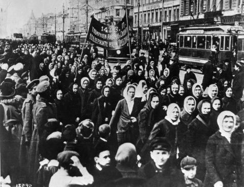 ວັນແມ່ຍິງສາກົນ ຄົບຮອບ 111 ປີ ຂ່າວລາວ - 1917 International Womens Day   Petrograd 480x368 - Home – Curated