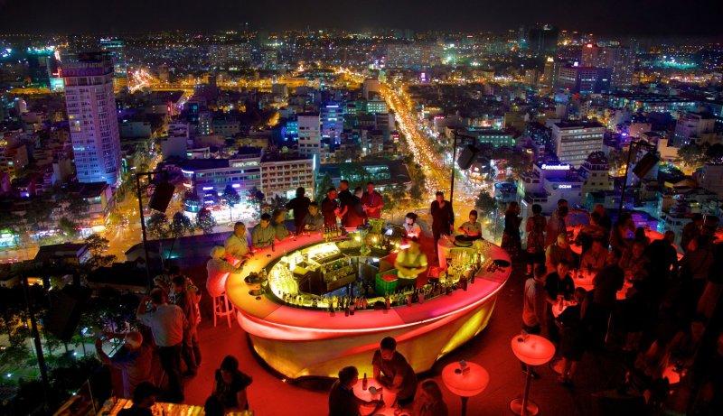 ຮ່າໂນ້ຍ ຫວຽດນາມ ອະນຸຍາດໃຫ້ຮ້ານເຫຼົ້າ, ຮ້ານຄາຣາໂອເກະ ແລະ ຮ້ານບັນເທິງ ກັບຄືນເປີດປະຕຸປົກະຕິ ແລ້ວ - 96987 Ho Chi Minh City - ຮ່າໂນ້ຍ ຫວຽດນາມ ອະນຸຍາດໃຫ້ຮ້ານເຫຼົ້າ, ຮ້ານຄາຣາໂອເກະ ແລະ ຮ້ານບັນເທິງ ກັບຄືນເປີດປະຕຸປົກະຕິ ແລ້ວ