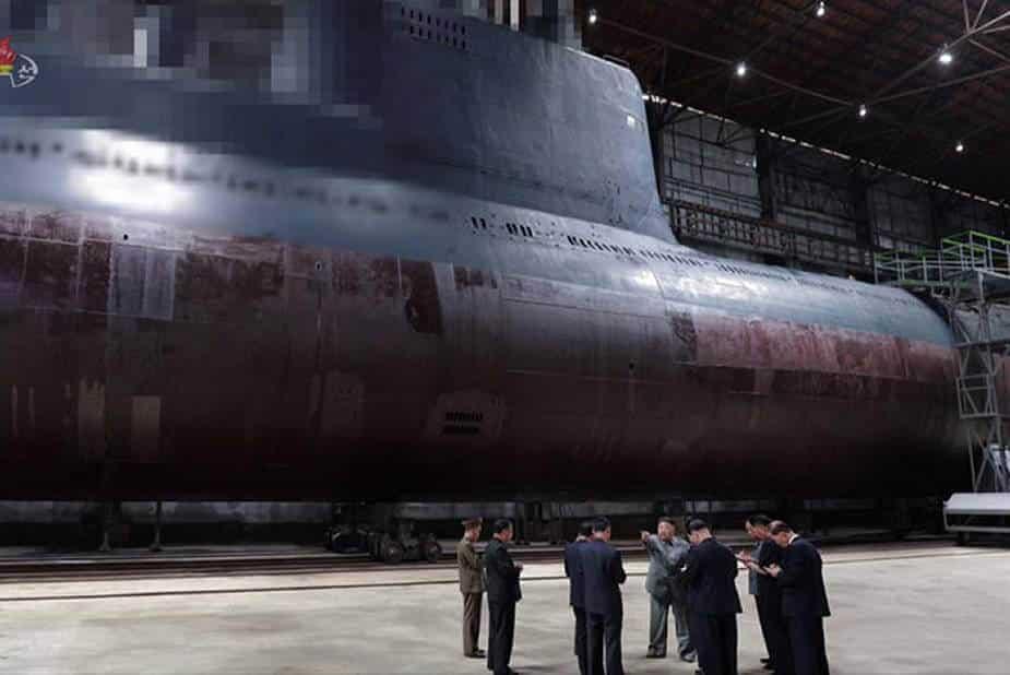 ເກົາຫຼີເໜືອ ສຳເລັດການຕໍ່ເຮືອດຳນໍ້າ ຍິງລູກສອນໄຟ ຂີປານະວຸດ - North Korea will launch soon new 3000 ton SLBM ballistic missile submarine 925 001 - ເກົາຫຼີເໜືອ ສຳເລັດການຕໍ່ເຮືອດຳນໍ້າ ຍິງລູກສອນໄຟ ຂີປານະວຸດ
