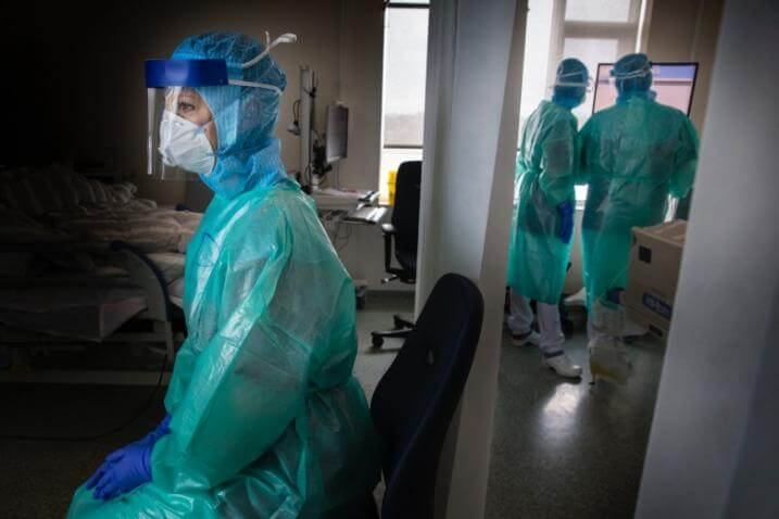 - medical staff iceland covid 19 lsh th thorkelsson 3 - ຍອດພະຍາບານ ອີຣານ ຕິດເຊື້ອໂຄວິດ-19 ສູງເກີນ100.000 ຄົນ ແລະ ເສຍຊີວິດ 120ຄົນ