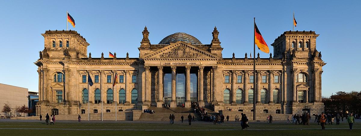 ເຢຍລະມັນ ແນະນຳໃຫ້ປະຊົນສັກວັກຊີນປ້ອງກັນໂຄວິດ-19 ແບບປະສົມ 2 ຊະນິດ - Reichstag building Berlin view from west before sunset - ເຢຍລະມັນ ແນະນຳໃຫ້ປະຊົນສັກວັກຊີນປ້ອງກັນໂຄວິດ-19 ແບບປະສົມ 2 ຊະນິດ