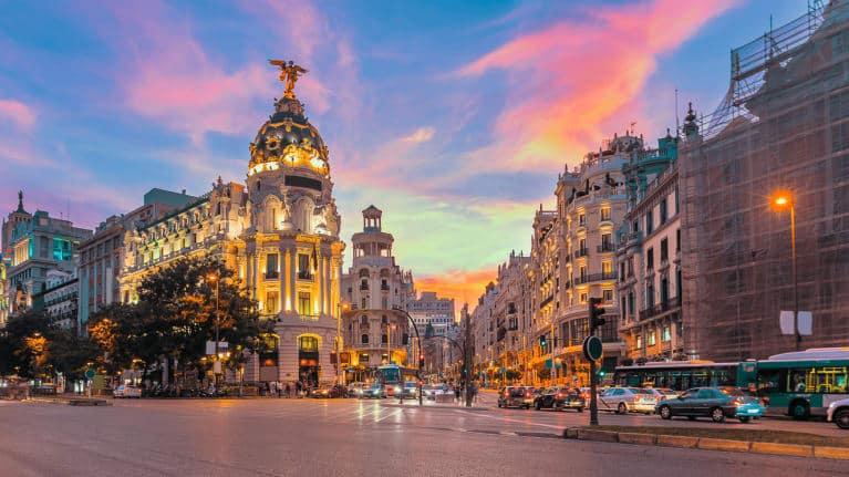 - Madrid1m ko7ivu - ເສດຖະກິດແອັດສະປາຍມີການຂະຫຍາຍຕົວ 6,2%